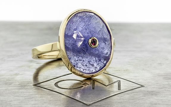 7.60 Carat Tanzanite and Ruby Ring in Yellow Gold