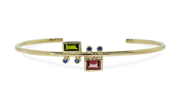 Garnet and Sapphire Bracelet in Yellow Gold