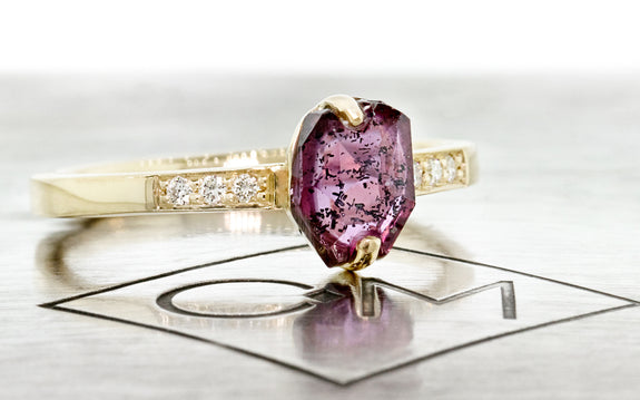 1.09ct Ruby Ring side view