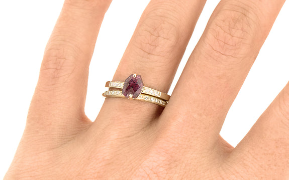 1.09ct Ruby Ring on logo