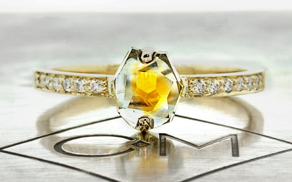 1.32 Carat Golden/Green Montana Sapphire Ring in Yellow Gold