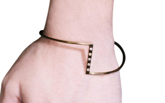 ZigZag Bracelet with Diamonds in Yellow Gold top view