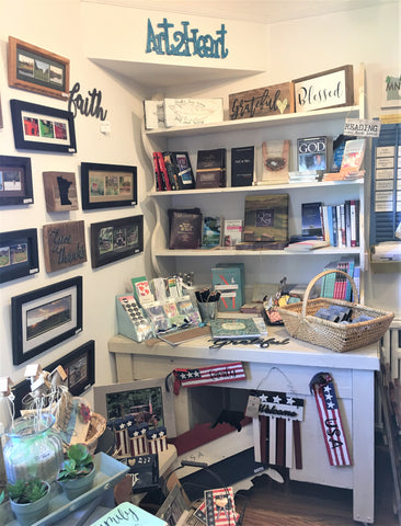 Art 2 Heart Gift Shop in Hamel MN Offers An Amazing Selection of Gifts, Cards, Jewelry, and Decor