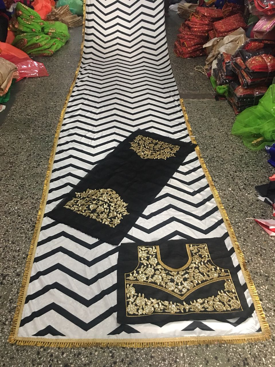 b69183571a ... Designer White & Black American Crep With Print Blause Banglory With  Siqaunce Work Saree ...