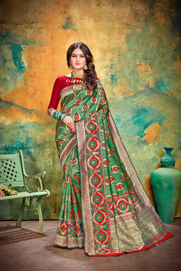 Graceful Red & Green Cotton & Jequard Silk Hand Woven Flower Print Work With Lovely Saree