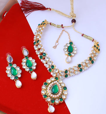 Alloy Metal Traditional Green & Whaite Kundan Necklace For Women