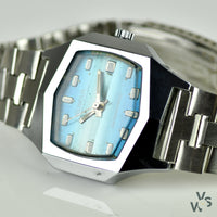 1970s Genova Super De Luxe Swiss Made Retro Vintage Watch - Vintage Watch Specialist