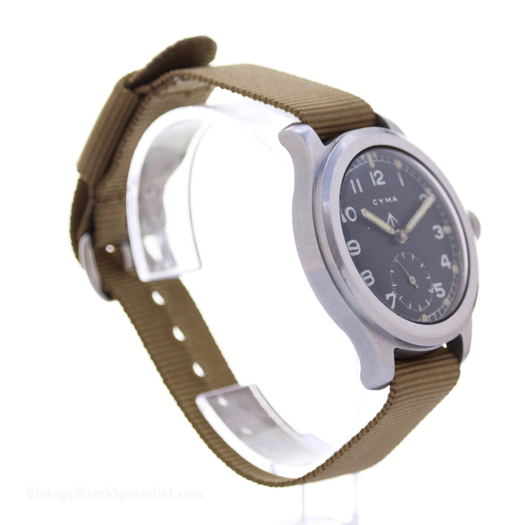WWW CYMA WWII - CALIBRE 234 - 15 JEWEL - MECHANICAL HAND WIND - MILITARY WATCH