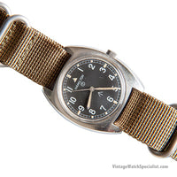 HAMILTON W10 MILITARY WATCH - 1973 - WITH HACK SECONDS - KHAKI NATO STRAP