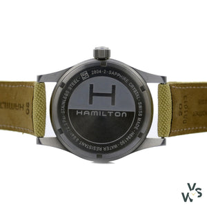 Hamilton Khaki Mechanical With Date - Model H694190 - Calibre 2804-2 - Vintagewatchspecialist