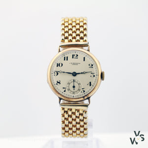 J W Benson 9K Gold Wristwatch With 17 Jewel Movement - Vintagewatchspecialist