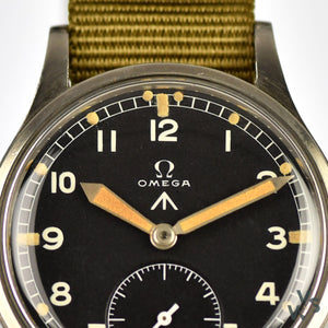 Omega www British Military Watch - Dirty Dozen - c.1944 - Calibre 30T2 - Original Dial and Hands - Vintage Watch Specialist