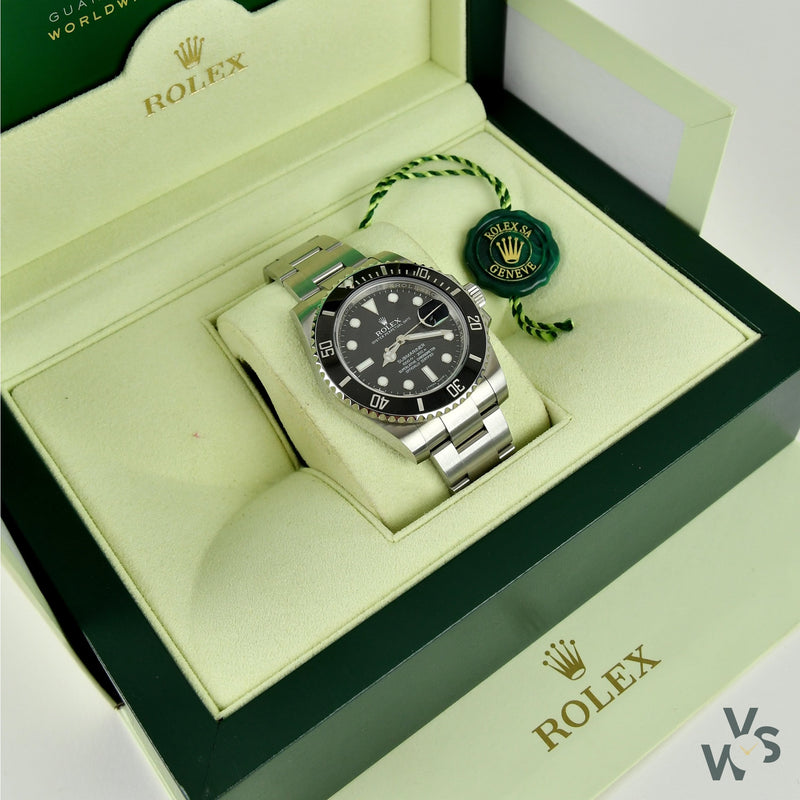 Rolex Oyster Perpetual - Submariner Date - Oystersteel - Black Bezel and Dial - 116610LN - 2016 - Vintage Watch Specialist