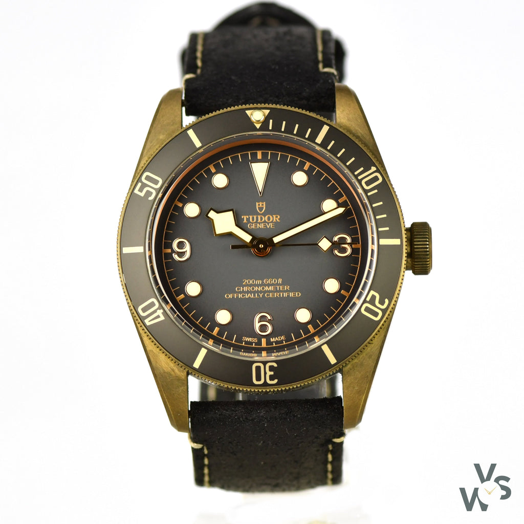 Tudor Geneve - Black Bay Bronze - Chronometer Calibre MT5601 - Model 79250BA - Vintage Watch Specialist