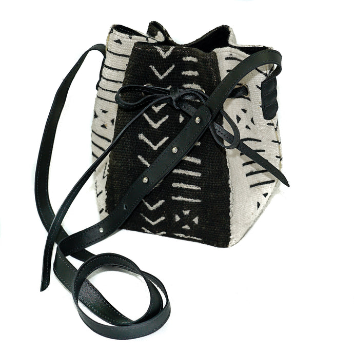 Amie bucket bag in black and white mudcloth