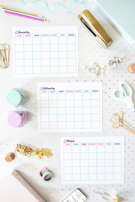 Monthly Calendar Printables- Undated, Sunday Start, 2019 printable calendar, #printables #organizing