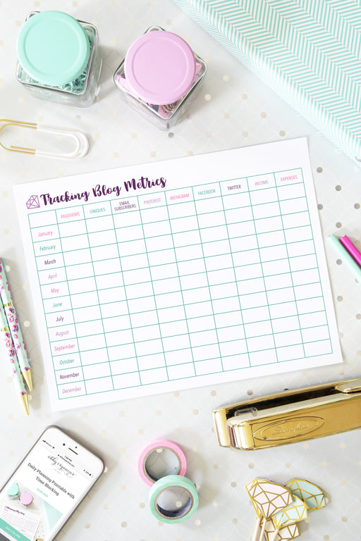 Tracking Blog Metrics Printable, organizing printables, blogging binder, #printables #organizing