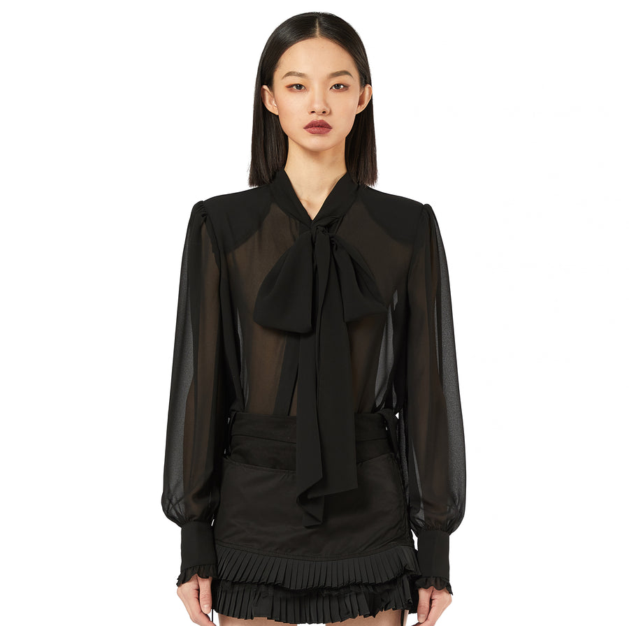 Halle Blouse in Black