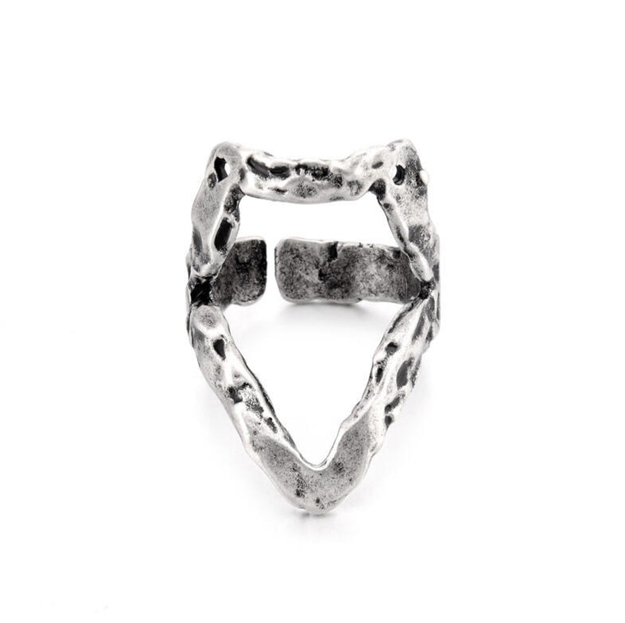 Yosemite Beak Shape Hollow Ring
