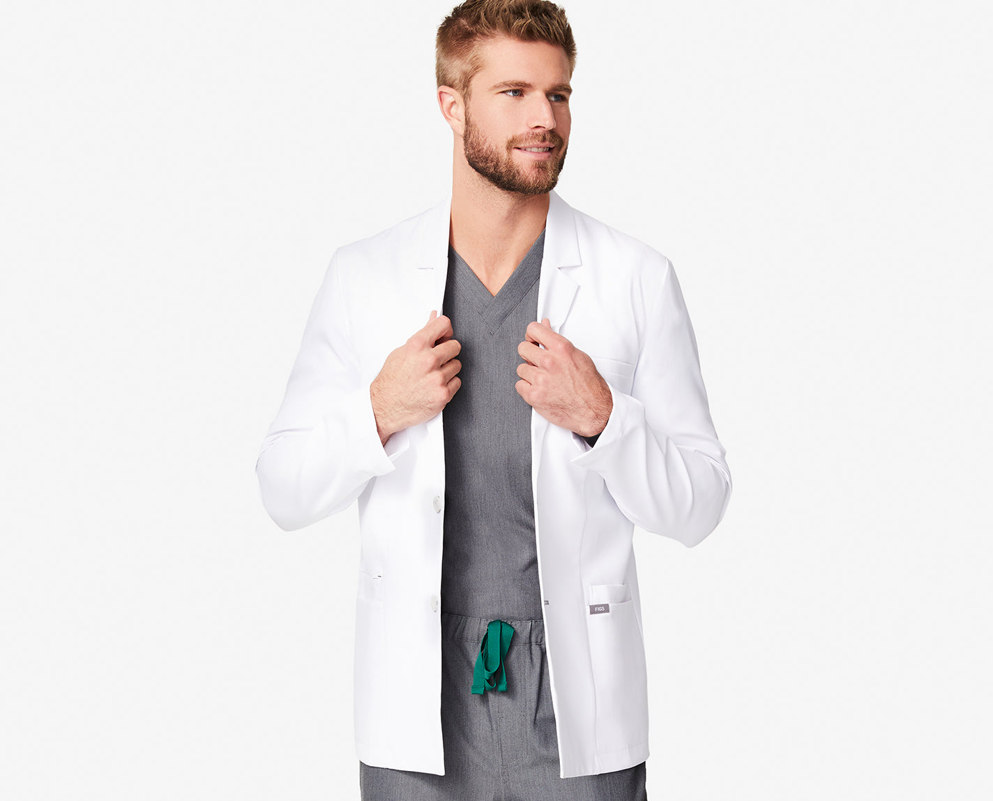 The Harlem's got some serious smarts. Featuring a traditional lapel collar, straight finished hem, classic fit, EIGHT pockets, and liquid-repellent finish, this short lab coat is smart on tailored style and hard-working function — he's a keeper.