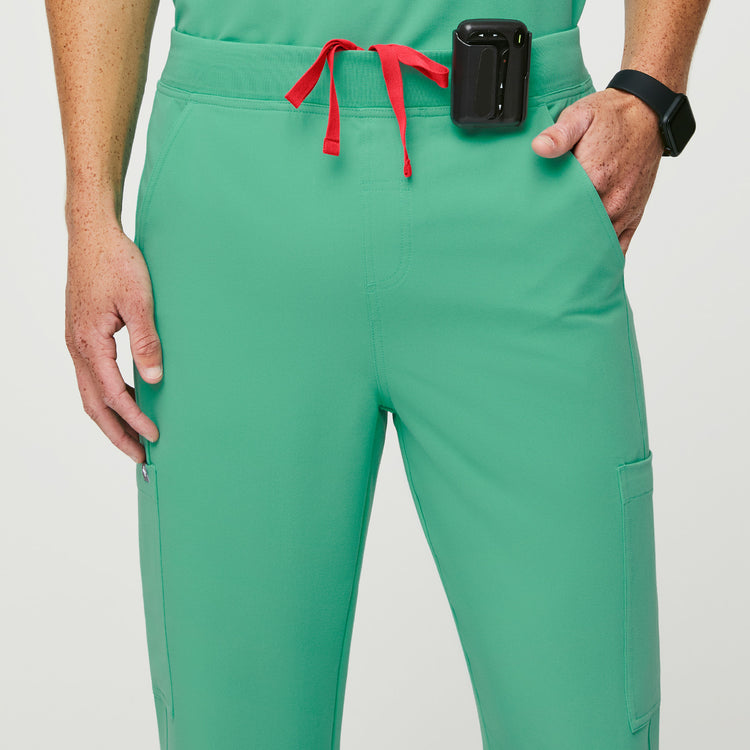 Surgical Green Axim™