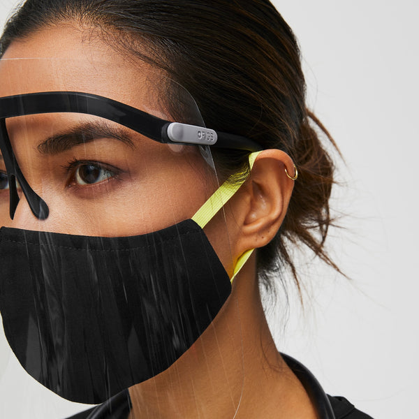 FIGS High-Def Face Shield