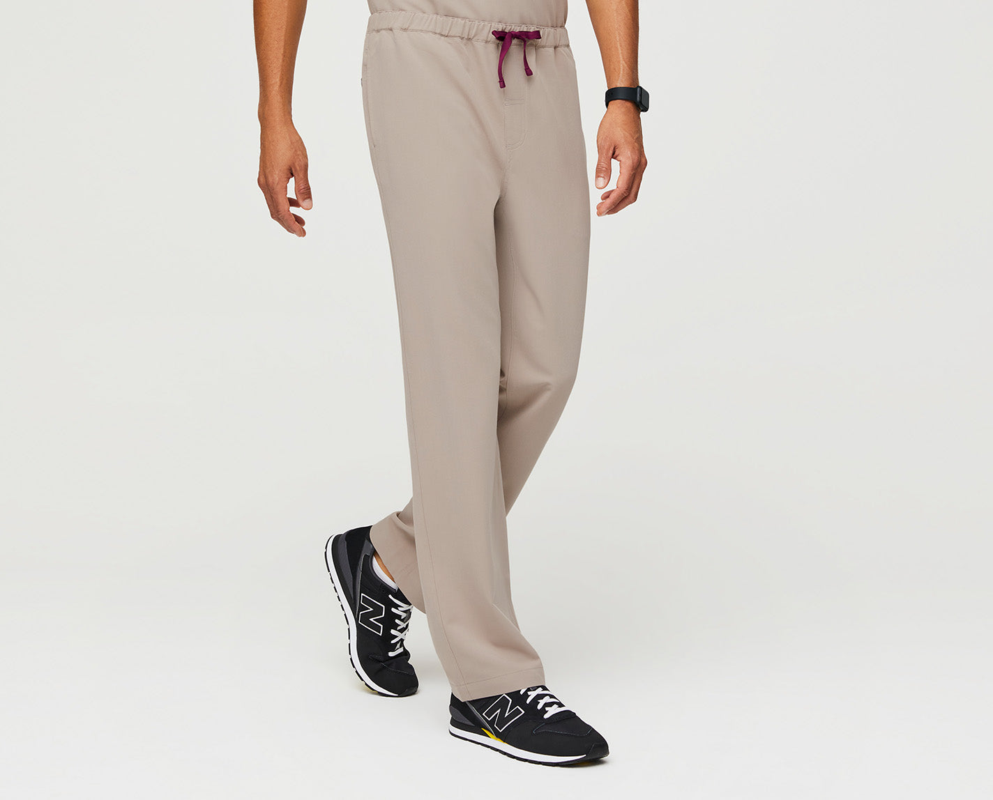 Performance now comes standard. The structured, straight-legged Pisco features our proprietary FIONx fabric, engineered for the most demanding on-shift tasks. Soft-stretch material and a stealthy, hidden elastic waistband with drawcord provides a tailored look with the comfort you need.