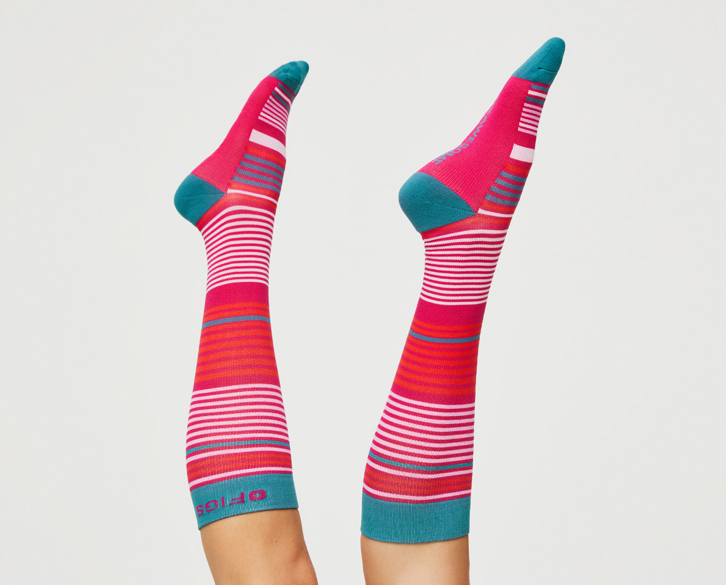 We couldn't stop at just one set of stripes. 100% Awesome Compression Socks. A classic multi stripe that helps relieve tired and achy legs. Plus: they're breathable and ridiculously soft.