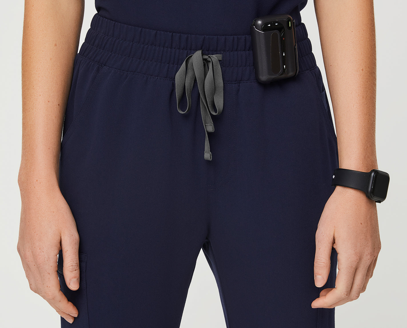 Some pants really do have it all. The High Waisted Yola features a slim fit, eleven purposeful pockets, side-slit ankles and, of course, a new high rise, half elastic waistband.