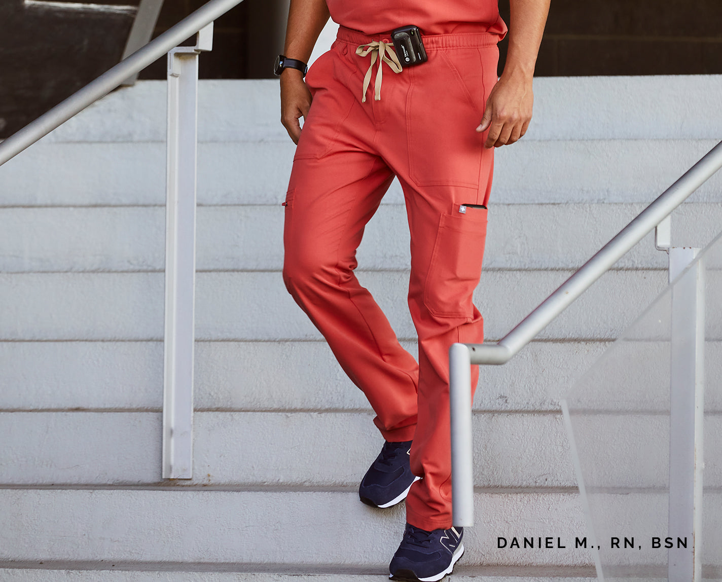Super fly. Comfort meets function with these easy-fitting cargos that feature a zipper fly, button closure and our proprietary FIONx fabric. Want more? They've got nine incredibly useful pockets. Win. Win.