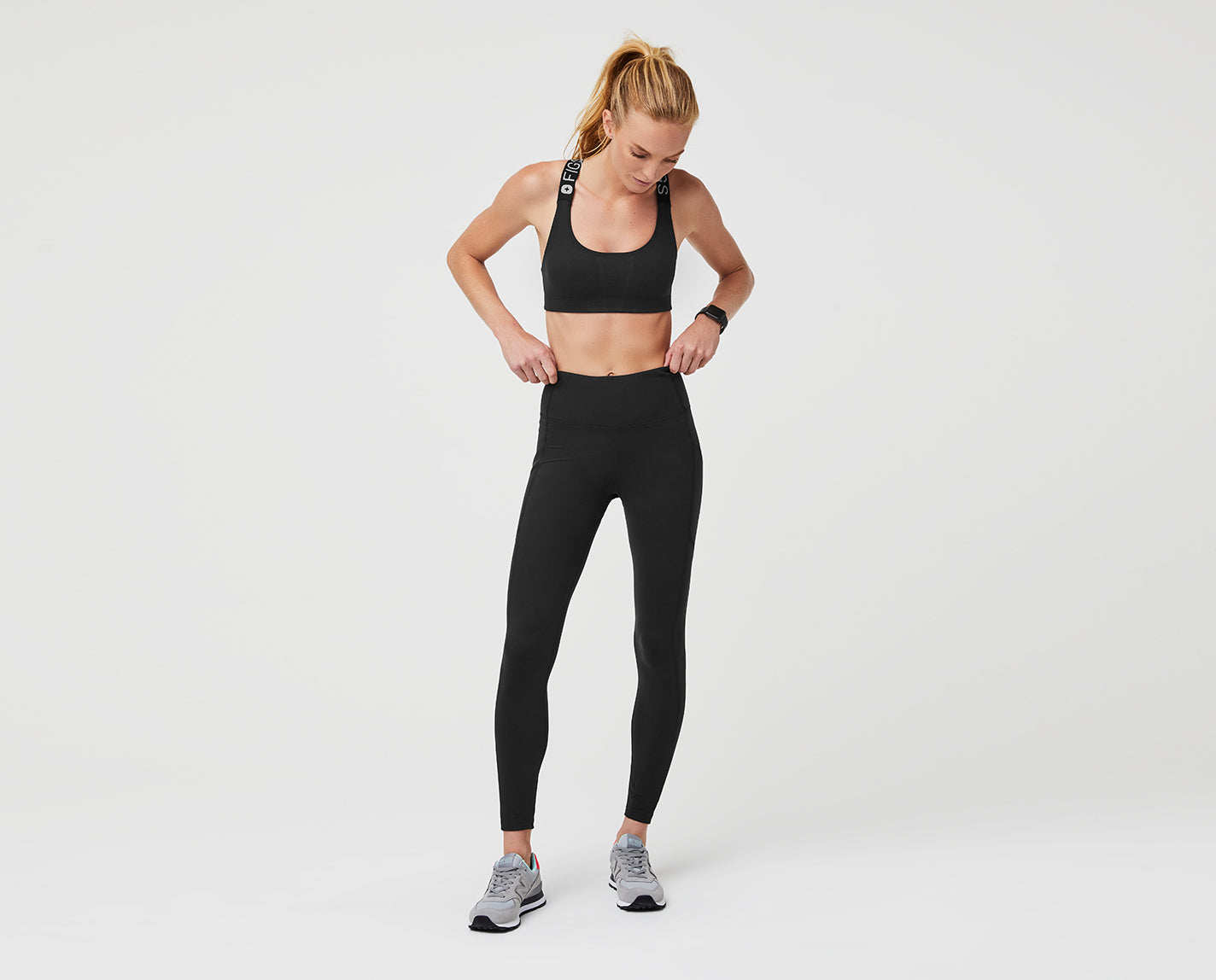 Peak performance to get you from yoga to running errands to a full shift. The 300 Performance Leggings are designed with a high waist, three pockets and features our proprietary FIONdry fabric with moisture wicking technology.