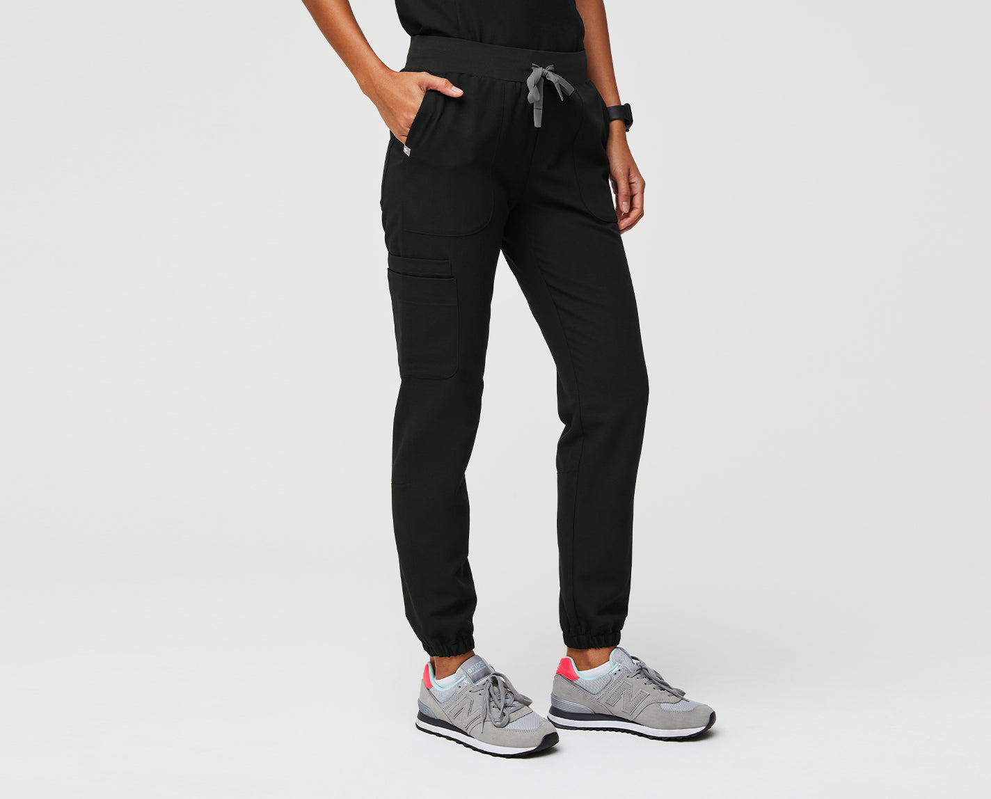 A good option for any day of the week. The Talodora Skinny Jogger features eight pockets, a yoga waistband and our proprietary FIONx fabric with Silvadur™ antimicrobial technology for odor control and fabric durability and four-way stretch, moisture-wicking, anti-wrinkle and ridiculously soft properties. Wear them whenever pants are needed.