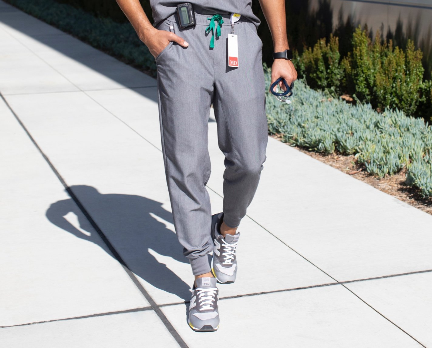 Seamlessly transition from work to workout to play in our Tansen Jogger Scrub Pants. Athletic in look and function, the Tansen has a slim fit, five pockets and sporty cuffs. Features our lightweight, breathable, 100% awesome proprietary FIONx fabric.