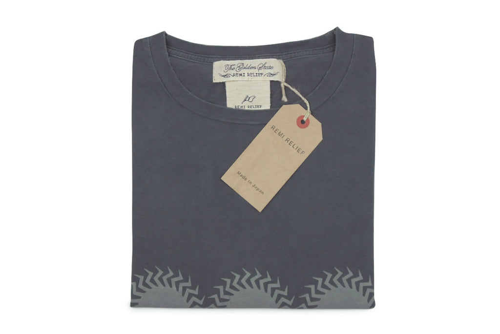 REMI RELIEF-Circle Tee (Charcoal)