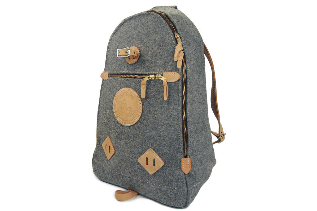 YUKETEN-Triangle Wool Backpack (Grey Heather)