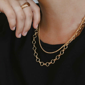 Circle Link Chain Necklace in Gold worn image