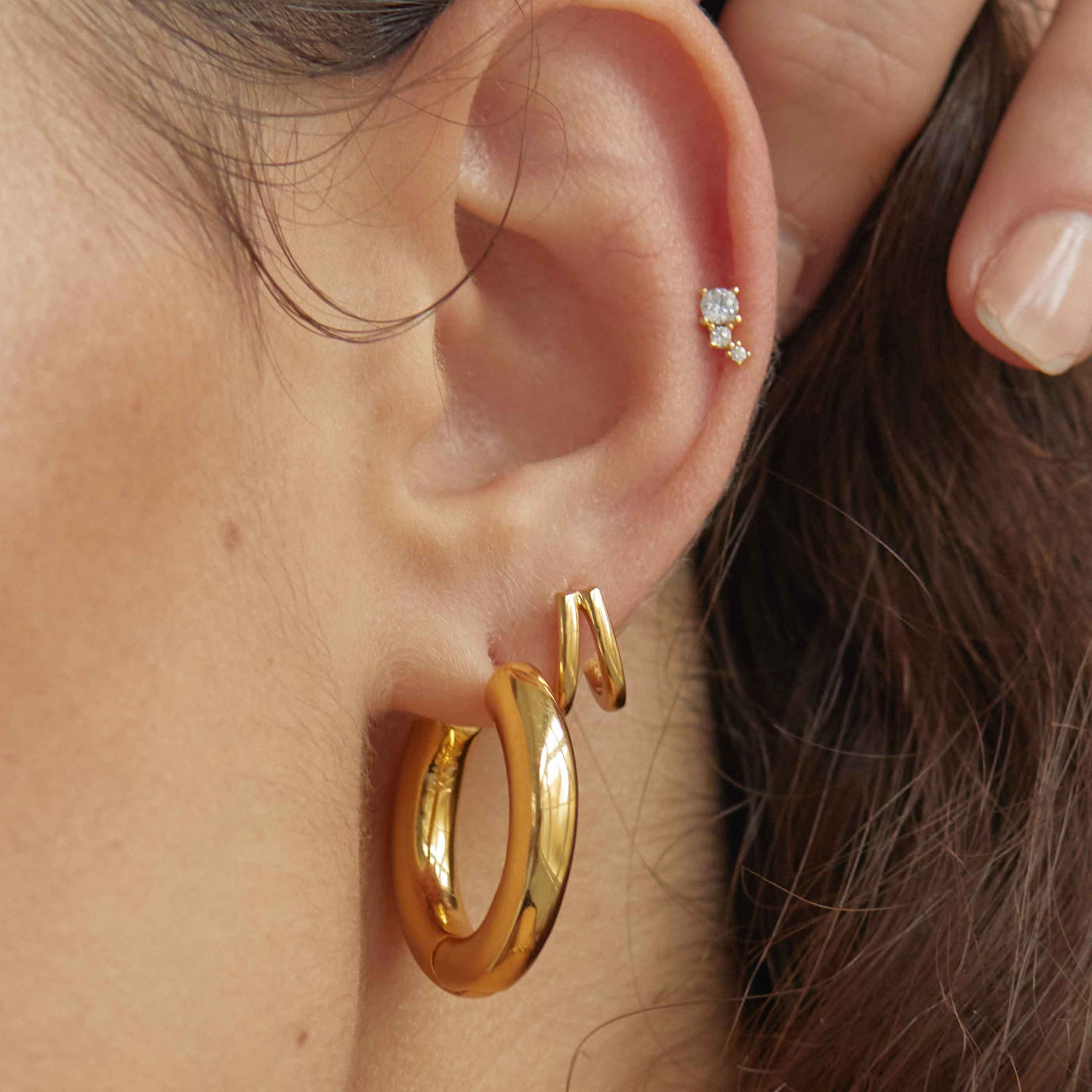 Double Bar Stud Earrings in Gold