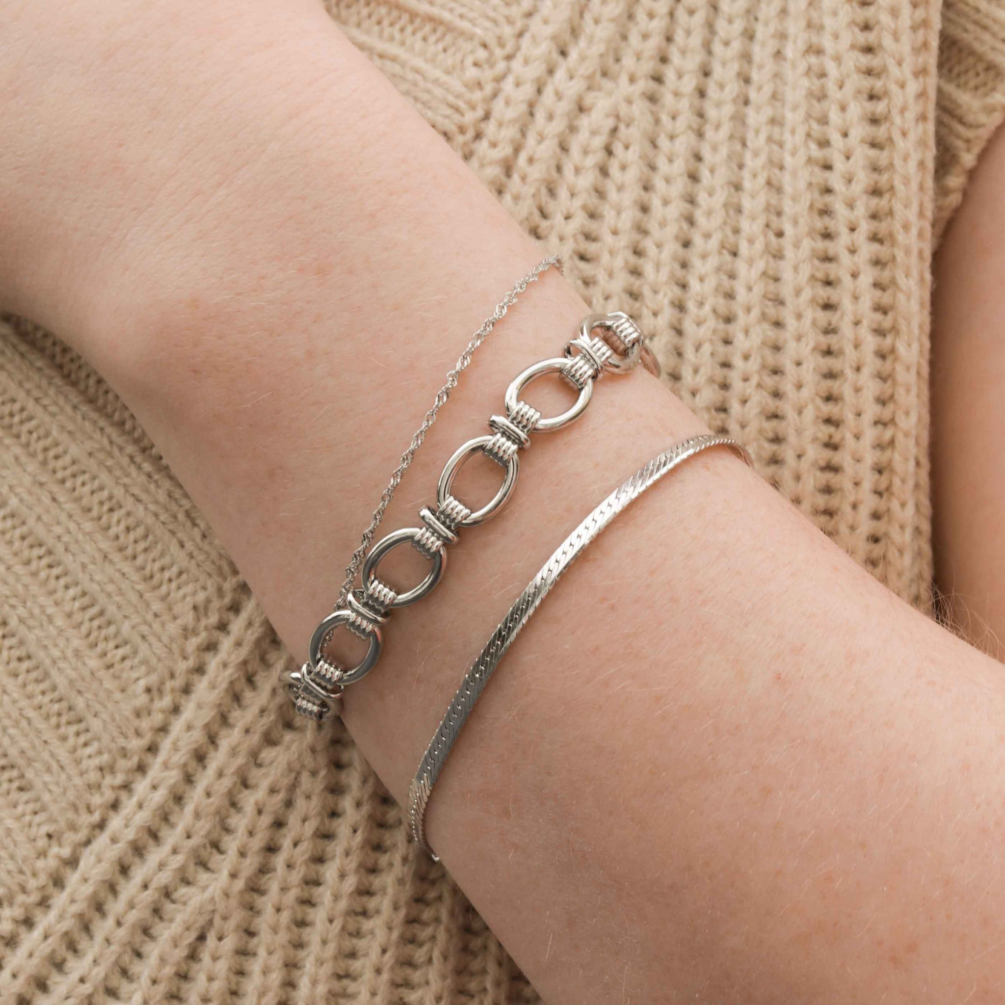 Ribbed Link Chain Bracelet in Silver