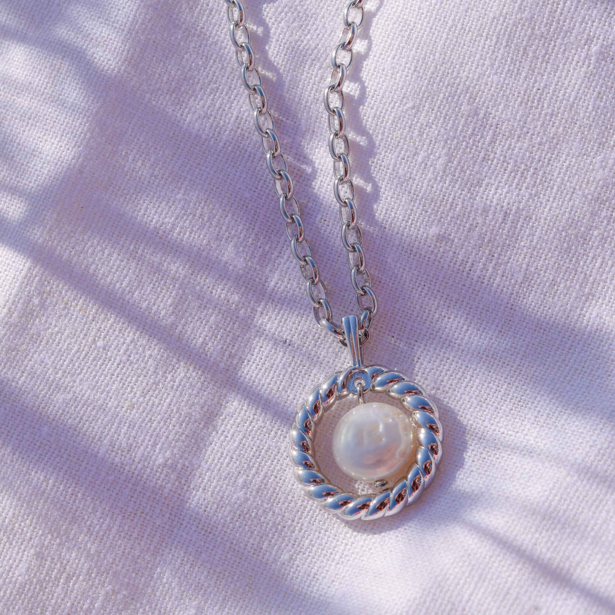 Rope & Pearl Pendant Necklace in Silver