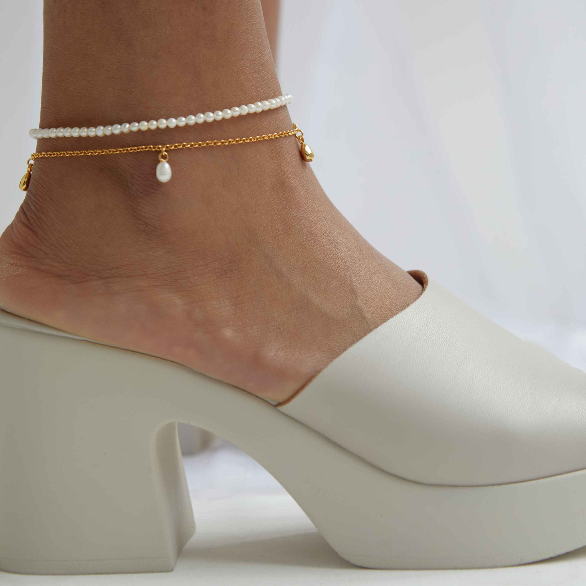 Illume Pearl Charm Anklet in Gold