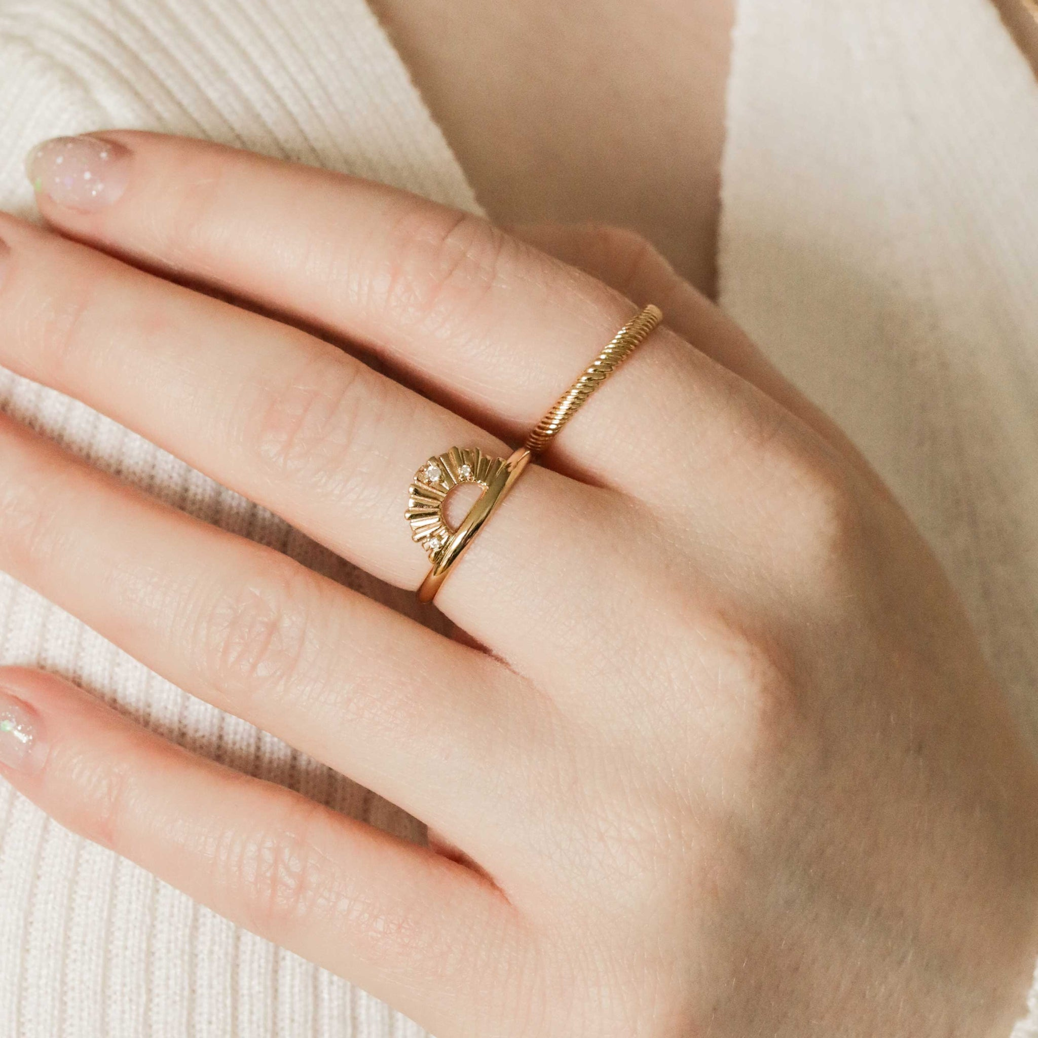 Etched Band Ring in Gold