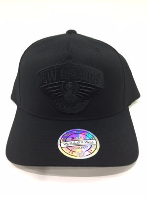 Pelicans All Black Team Logo 110 Snapback