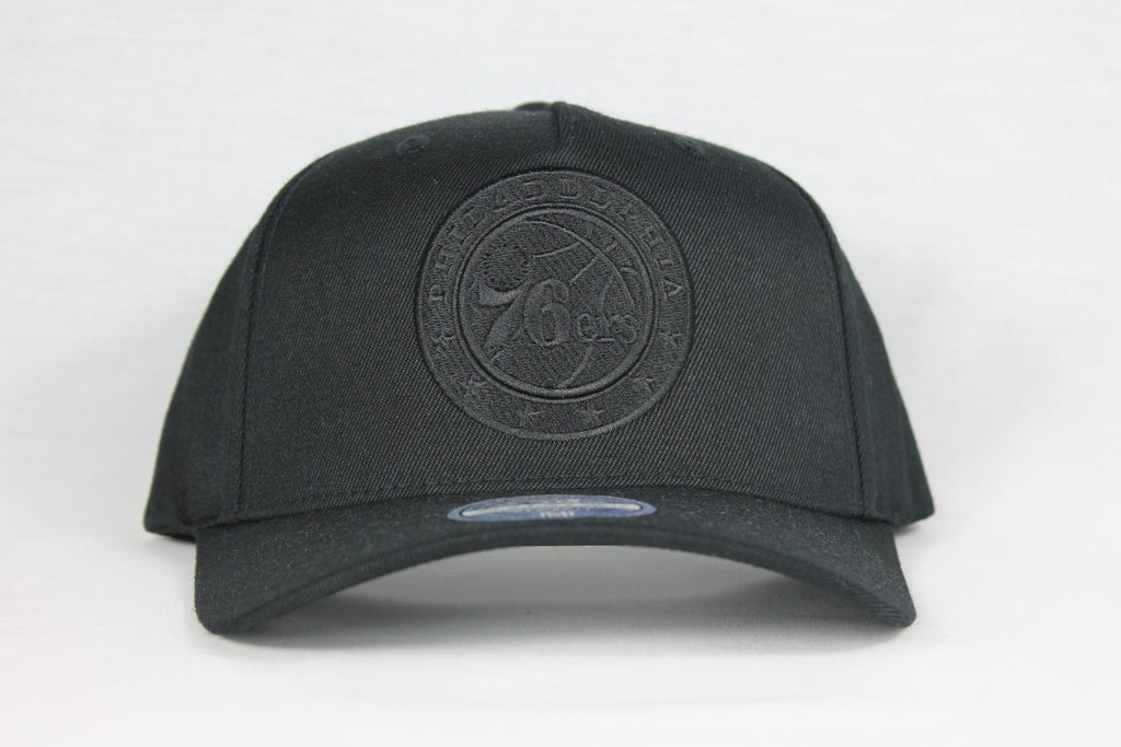 76ers All Black Team Logo 110 Snapback