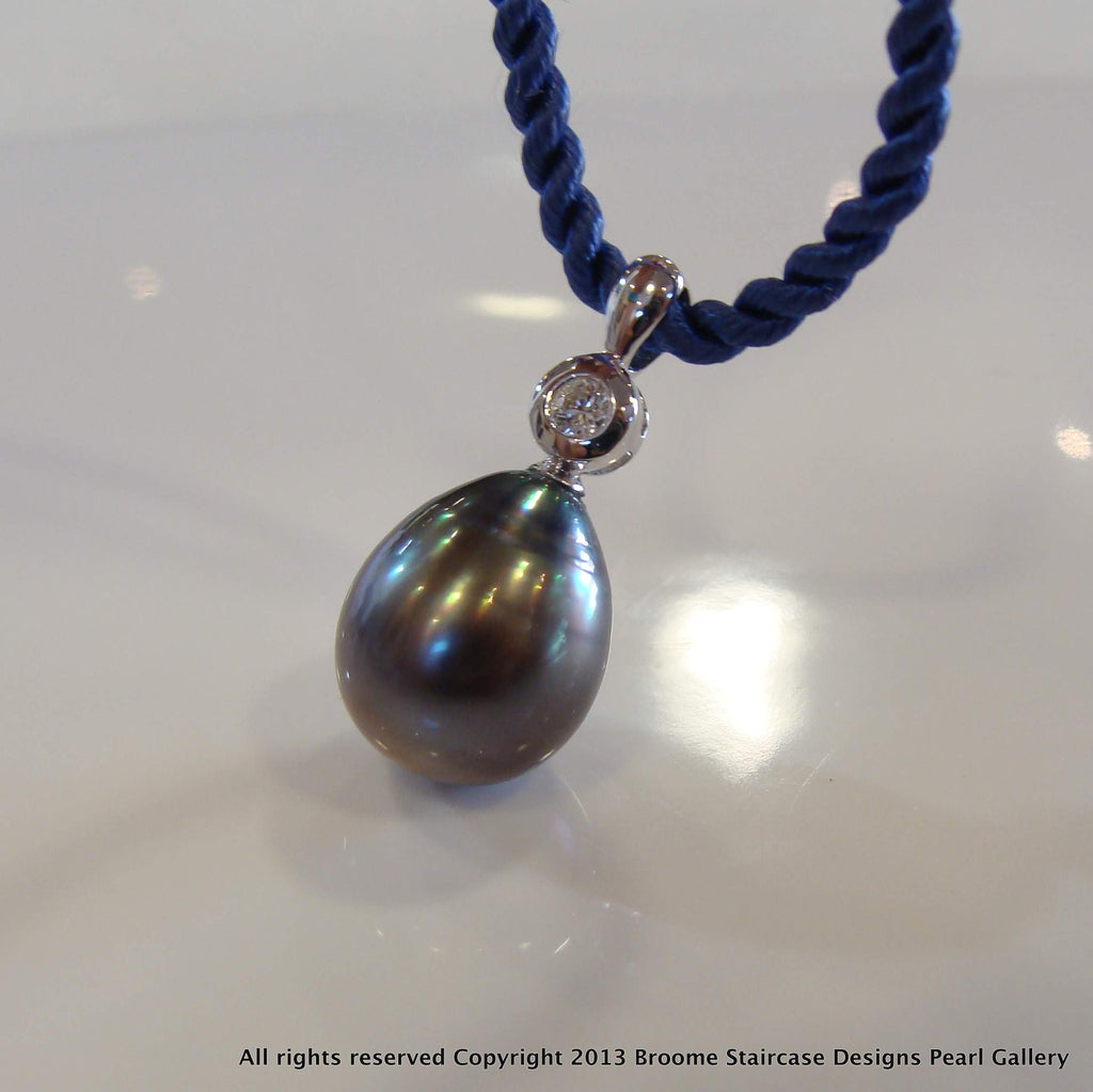 Tahitian Pearl and Diamond Drop Pendant 18ctw - Broome Staircase Designs Pearl Gallery