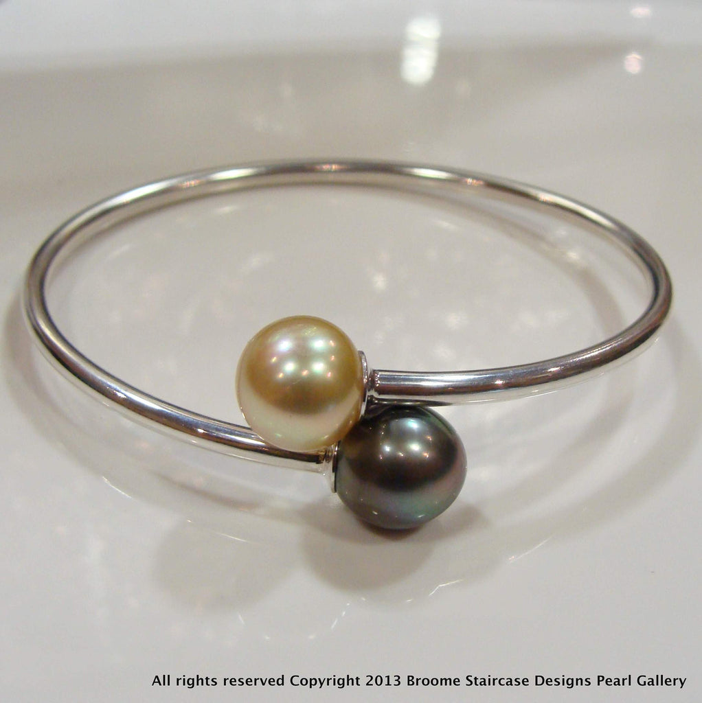 Broome Pearl/Tahitian Bangle - Memory Flex 925 Golden/Black - Broome Staircase Designs Pearl Gallery
