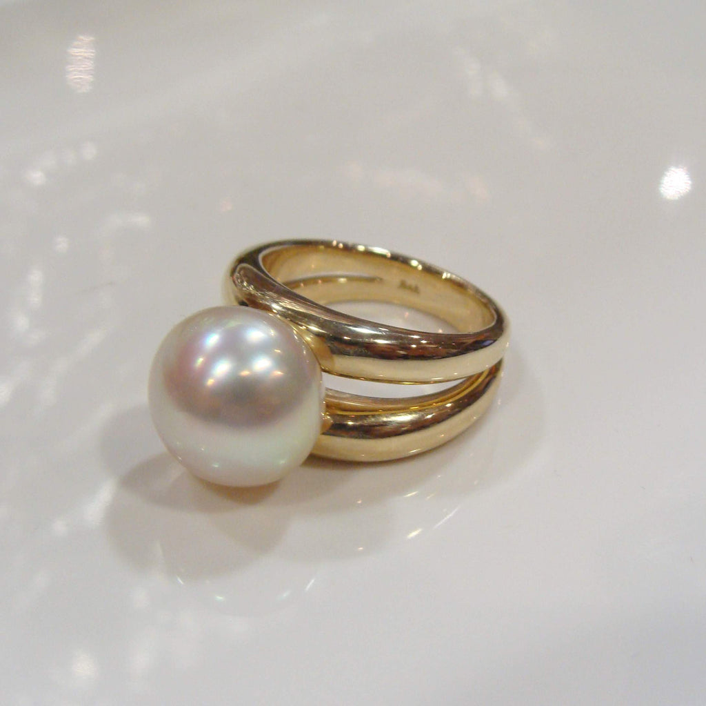 Broome Pearl Ring 9ct Yellow Gold