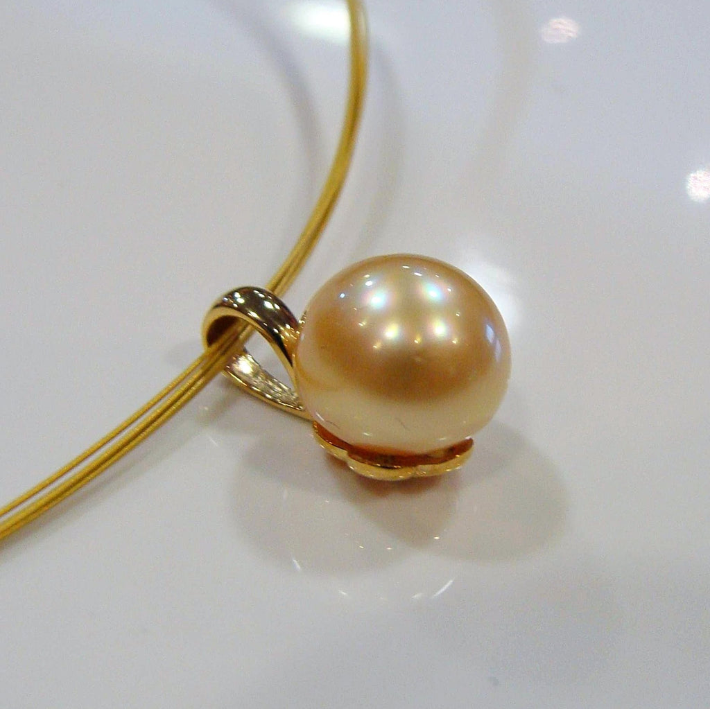 Golden South Sea Pearl Pendant 9ct yellow bail