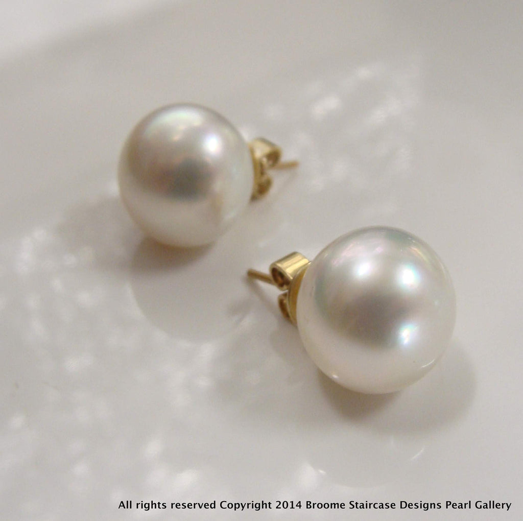 9ct Broome Pearl Earring Studs - Broome Staircase Designs Pearl Gallery - 1