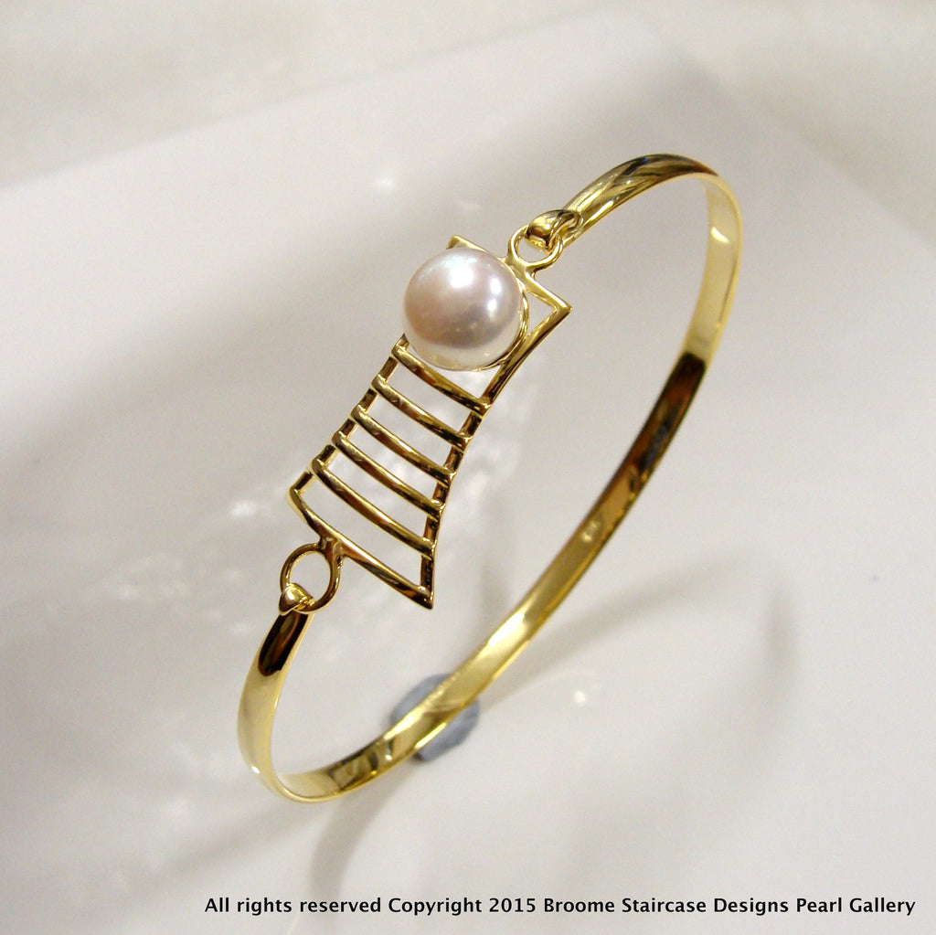 Cultured Freshwater Pearl Staircase Design Bangle