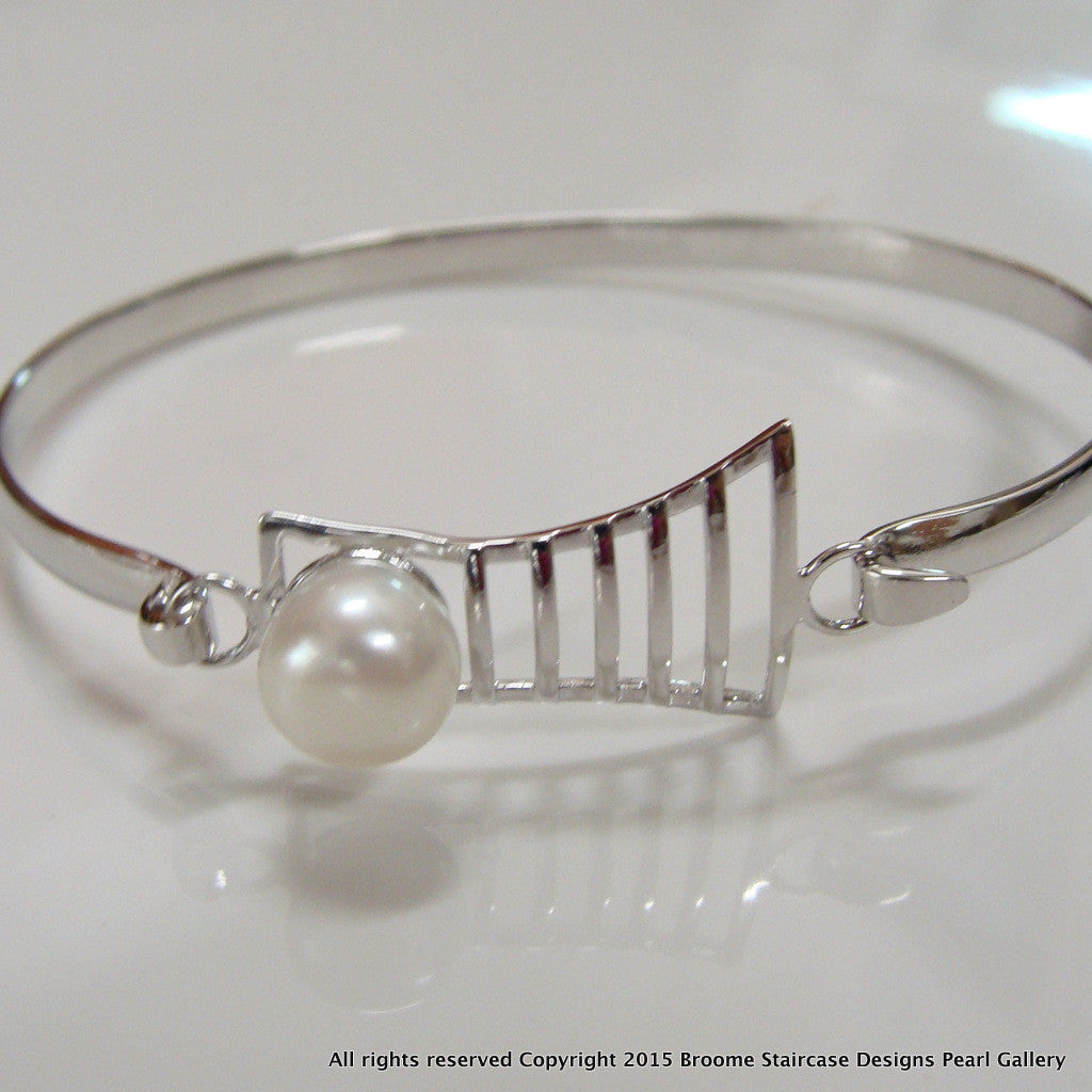 Cultured Pearl Bangle Staircase Design - Broome Staircase Designs Pearl Gallery